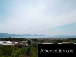 Panorama: Kurz nach dem Colle Sant'Alfonso erwartet uns eine unvergessliche Sicht auf die Amalfiküste